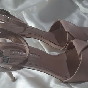 Dorothy Perkins beige heels